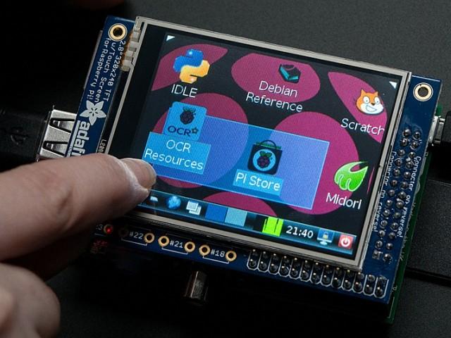 Érintőképernyő Raspberry Pi-hoz